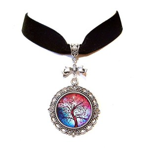 Black-Velvet-Choker-Necklace-w-Tree-of-Life-Cameo-Pendant-0