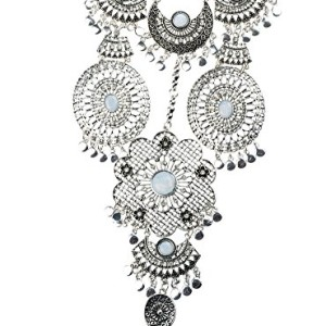 Btime-Lady-Fashion-Retro-Hollow-Flower-Shaped-and-Circular-Resin-Inlaid-Pendant-Necklacesilver-0