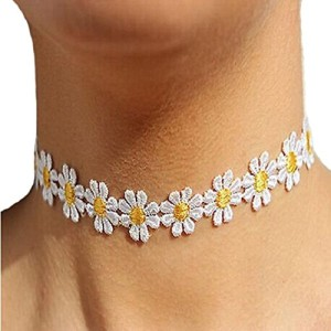 SusenstoneWomen-Daisy-Flower-Choker-Chain-Charm-Necklace-Bohemia-Jewelry-0